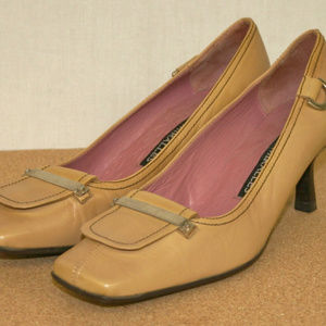 Pedro Miralles Shoes - For those who are not afraid 2 wear Mustard Heels